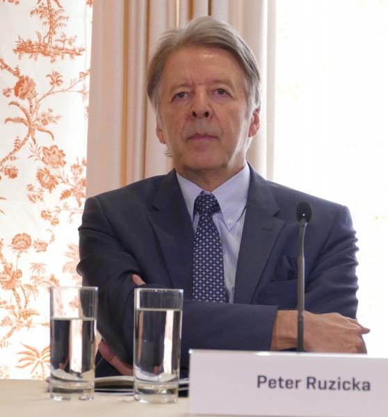 Peter Ruzicka ist ab 1. Juli 2015 Geschäftsführender Intendant der Osterfestspiele Salzburg.