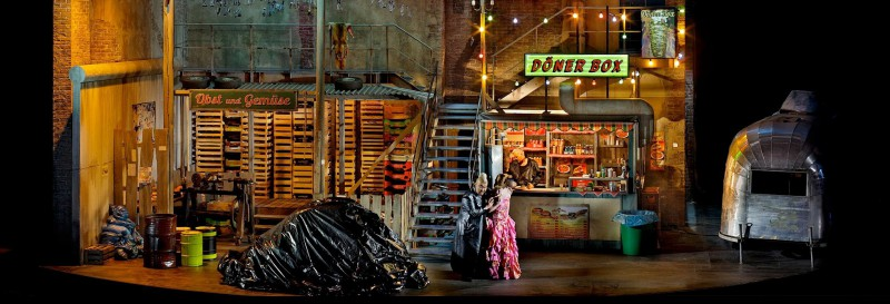 Eine Szene aus dem Bayreuther Ring: Götterdämmerung. Foto: Enrico Nawrath, Bayreuther Festspiele 2013