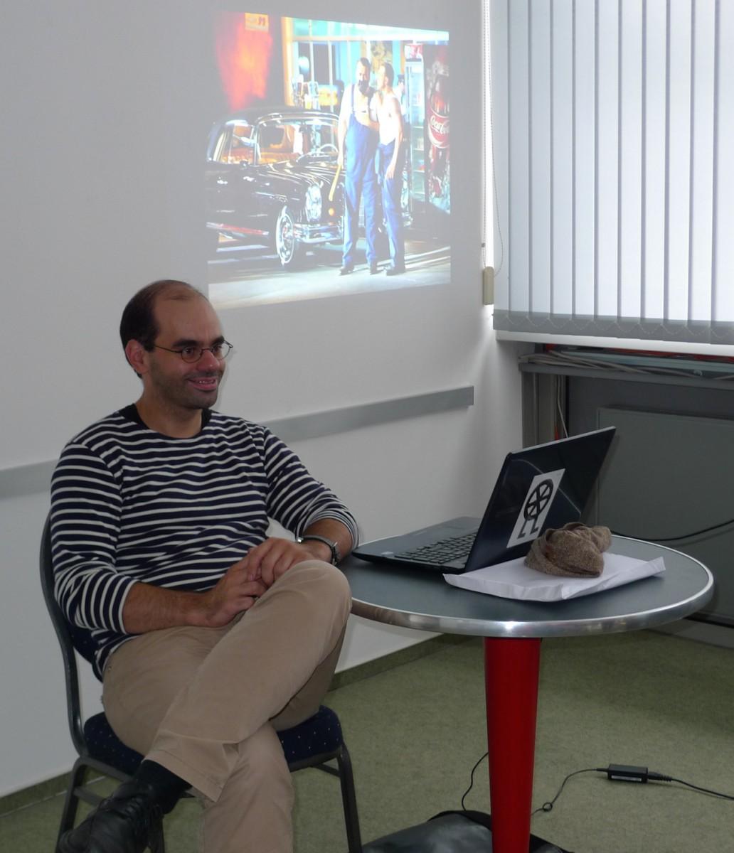 """Erzählt gern und gut von der Arbeit im """"Ring"""": Patric Seibert beim Regiegespräch bei TAFF. (Foto: ek)"""