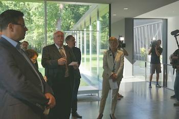 Oberbürgermeisterin Brigitte Merk-Erbe mit Architekt Volker Staab, Regierungspräsident Wilhelm Wenning und Museumsdirektor Dr. Sven Friedrich. © R. Ehm-Klier/festspieleblog.de