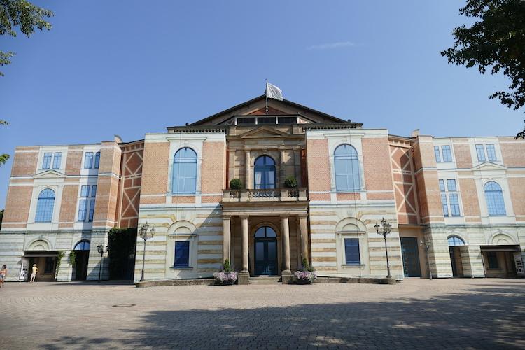 Festspielhaus Bayreuth vor der Sanierung 2015. © R. Ehm-Klier/festspieleblog.de