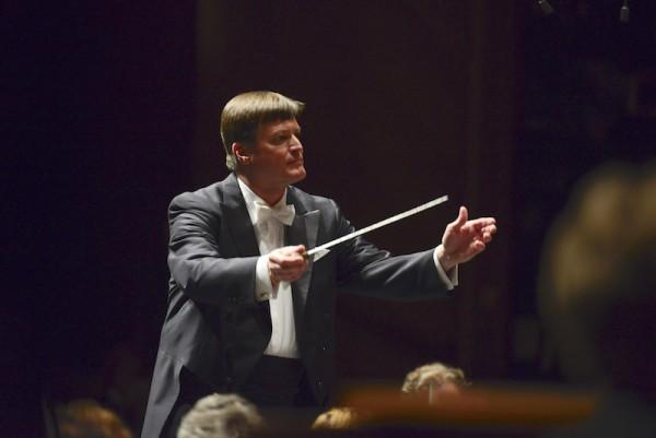 Am Pult der Sächsischen Staatskapelle auch am 12. Februar in der Semperoper: Chefdirigent Christian Thielemann. © Matthias Creutziger