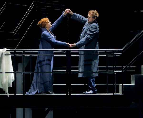 Eine Isolde von Anfang an: Stephen Gould mit Petra Lang. © Enrico Nawrath/Bayreuther Festspiele